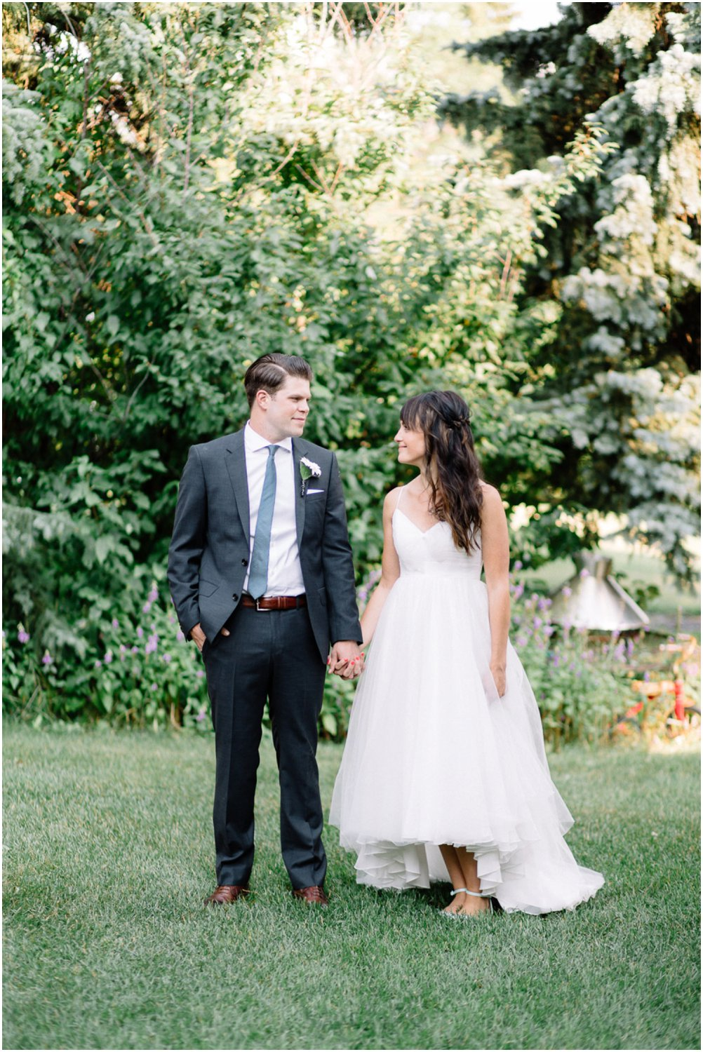 intimate backyard wedding - Calgary Wedding Photographers_5178