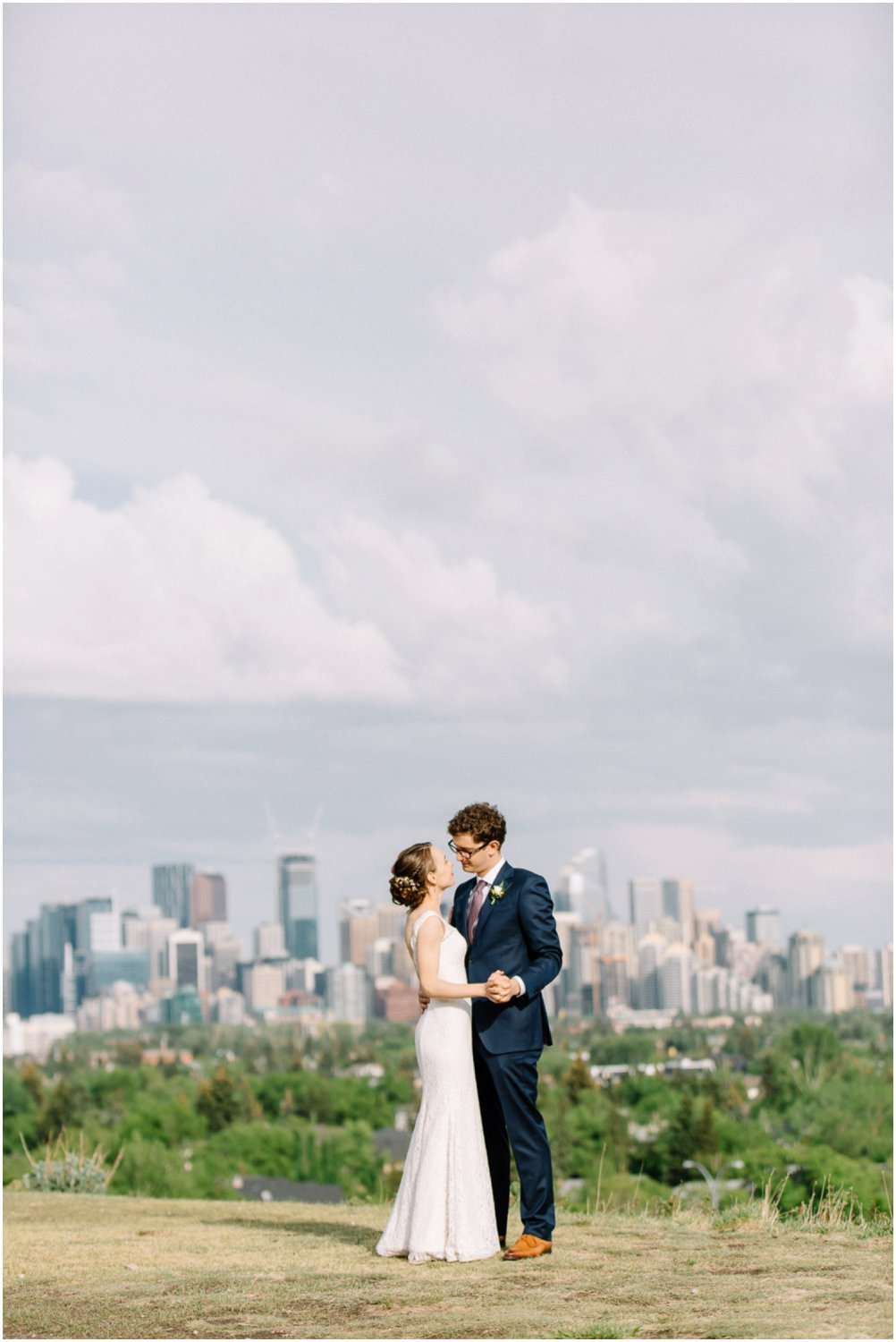 downtown calgary wedding - Calgary Wedding Photographers_5181