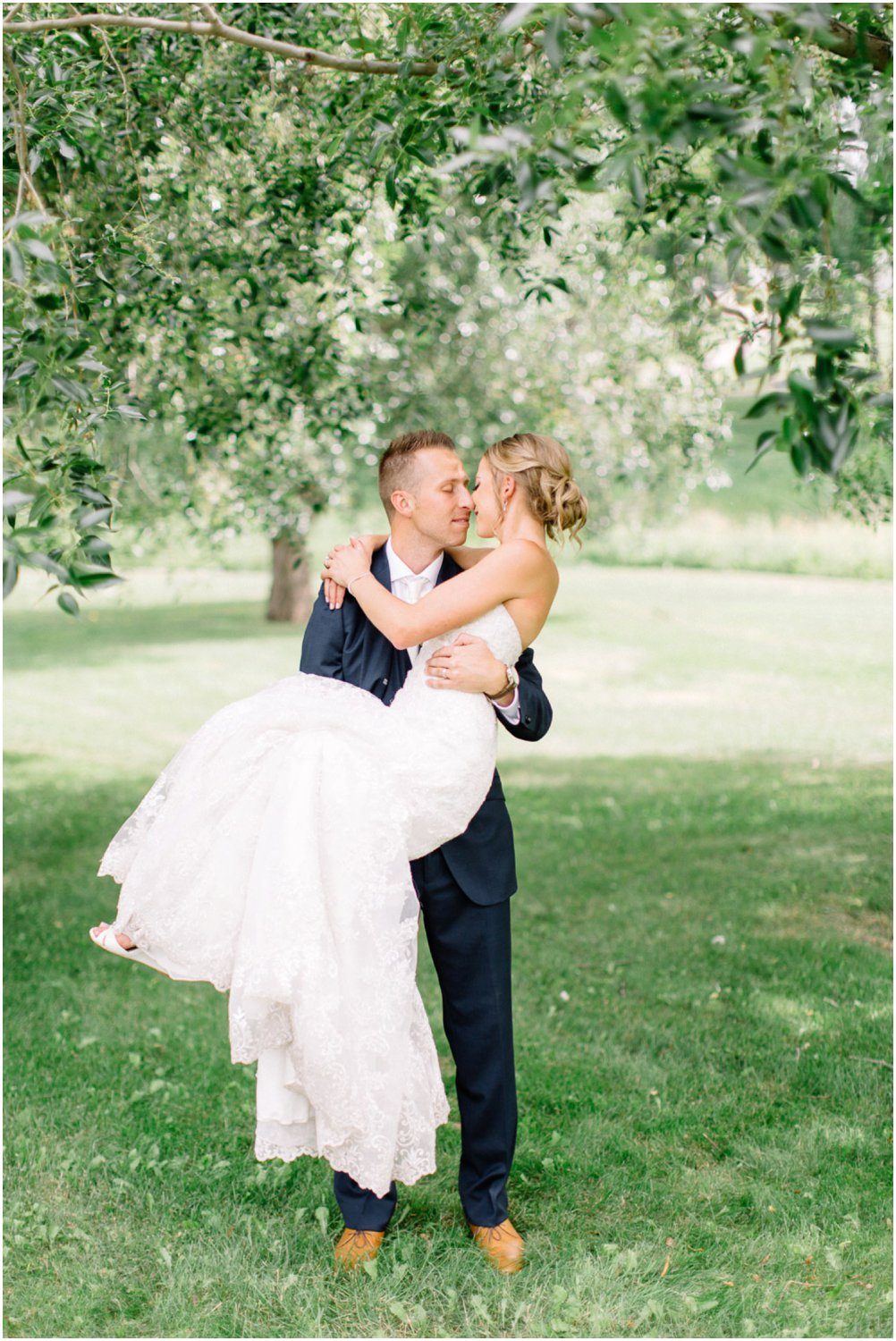 blush and navy wedding - Calgary Wedding Photographers_5205