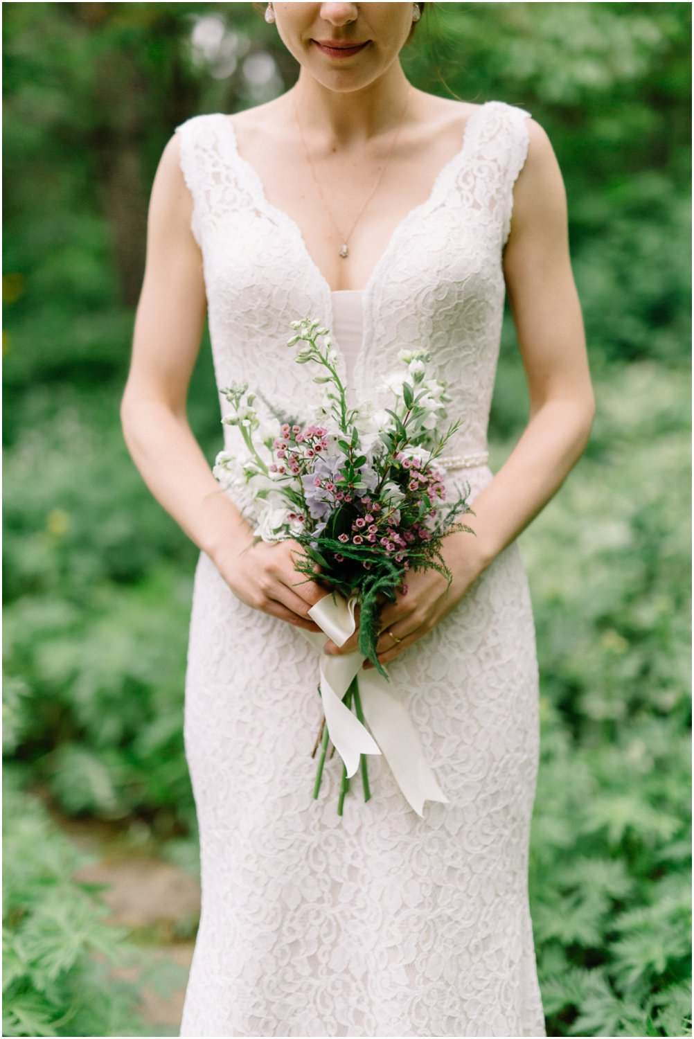 garden bouquet - Calgary Wedding Photographers_5219