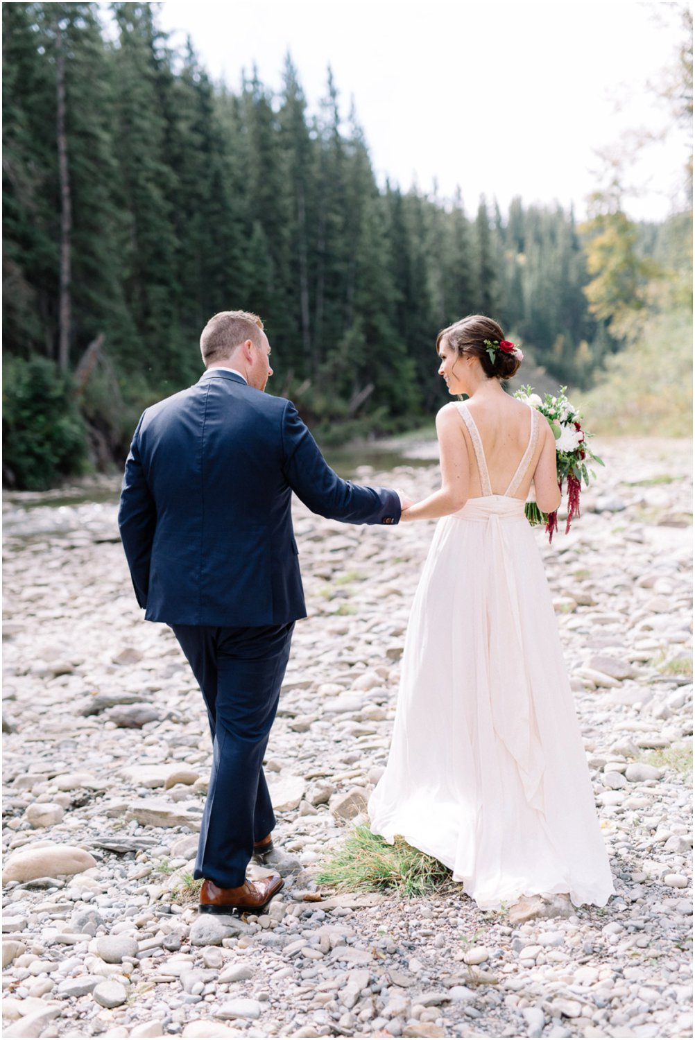 modern lakehouse wedding - Calgary Wedding Photographers_5226