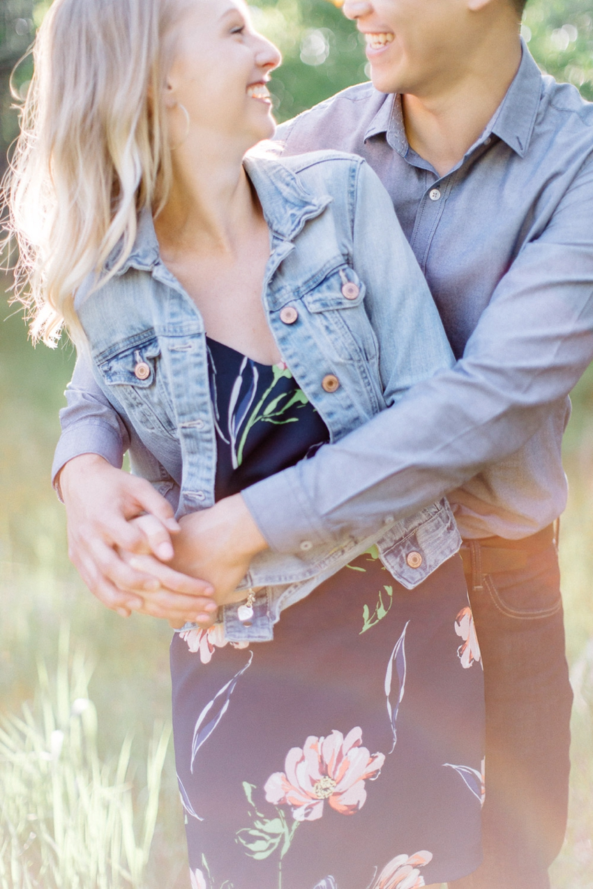 Summertime engagement session - Calgary Wedding Photographer_4531