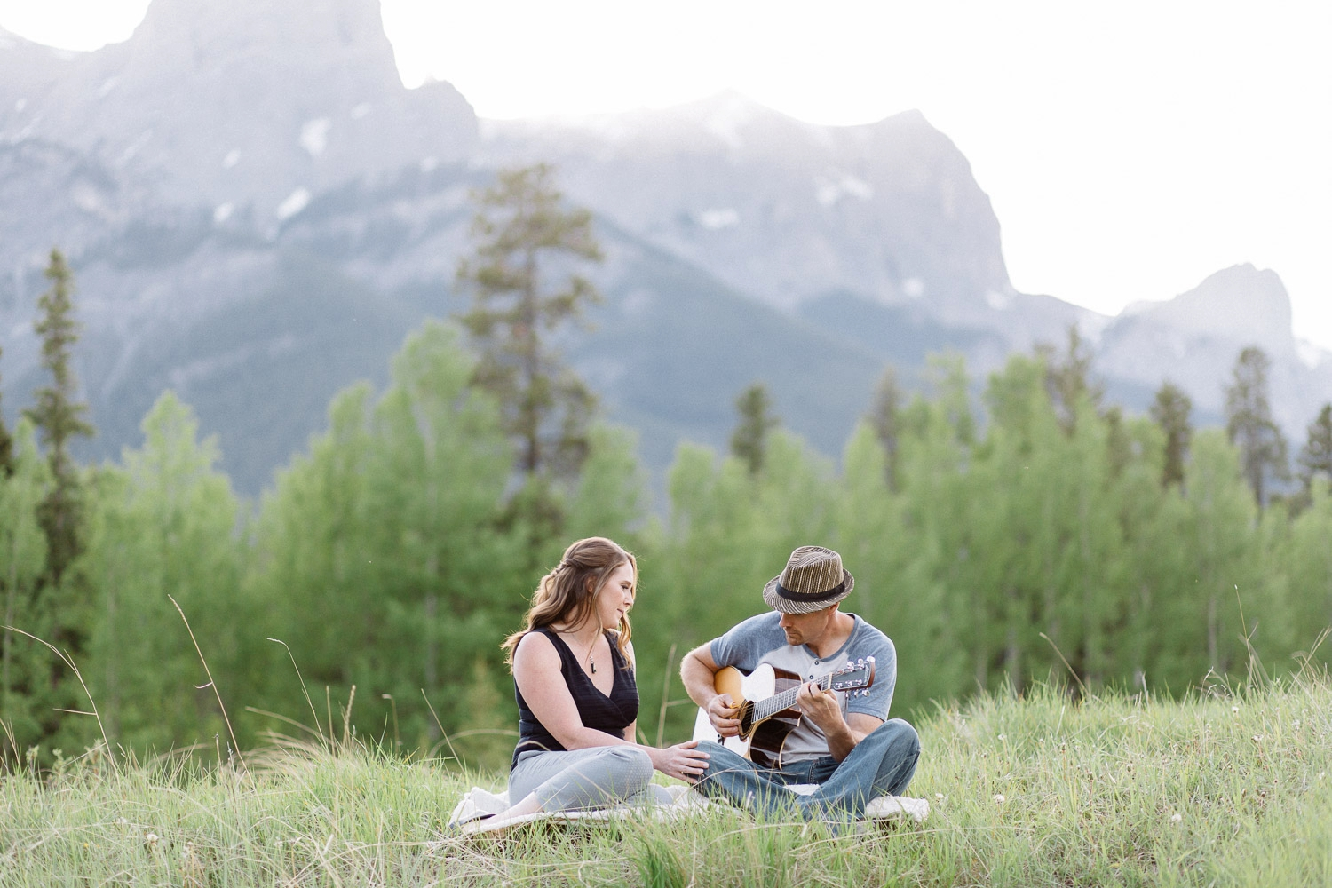 canmore engagement photographers - Calgary Wedding Photographer_4594