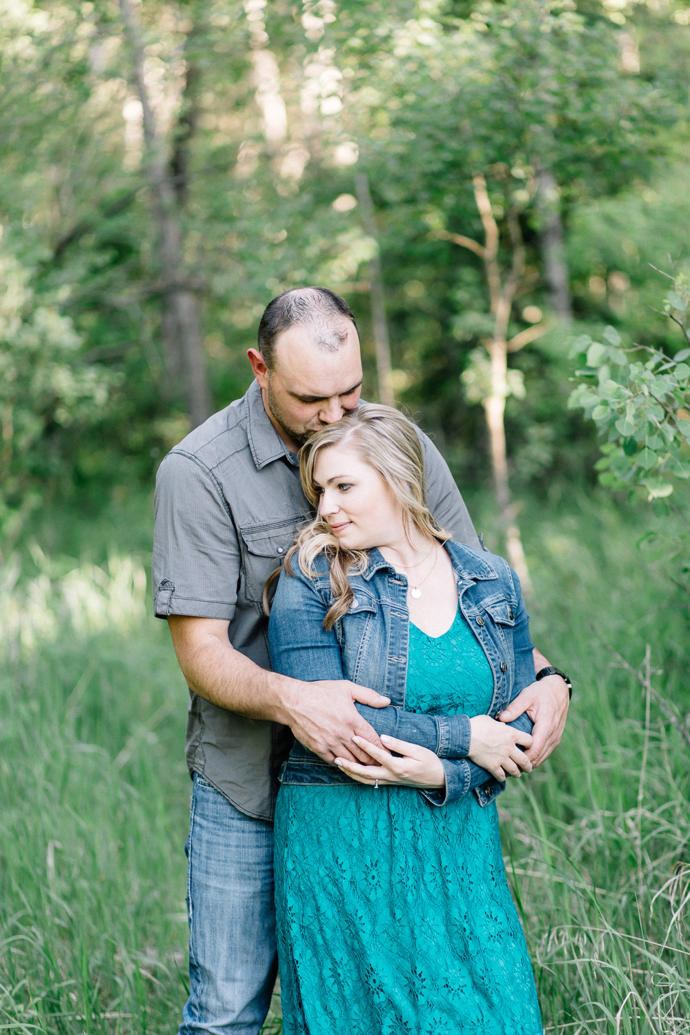 Engagement Session at Fish Creek Park - Calgary Wedding Photographers