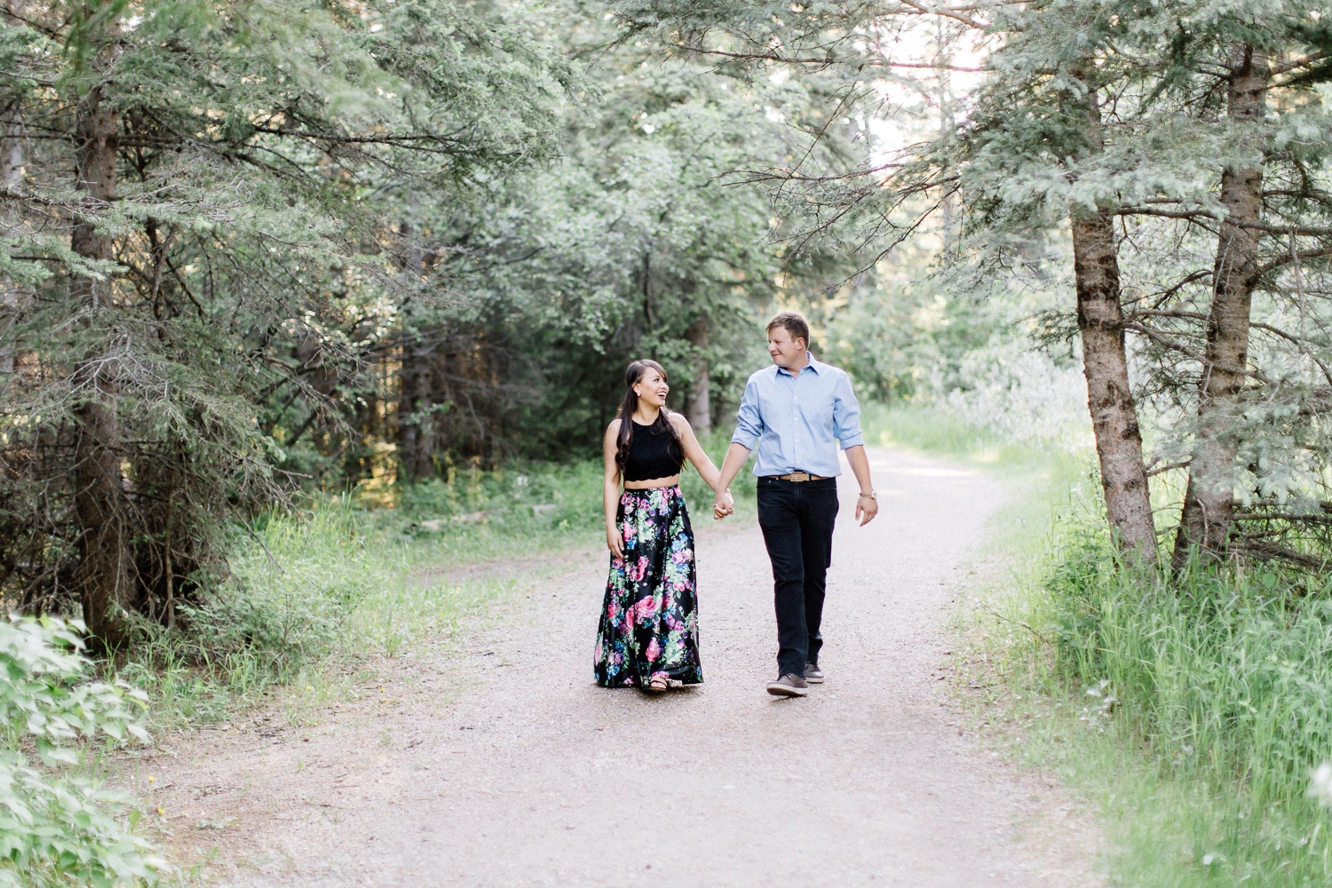 calgary engagement photographers - Calgary Wedding Photographer_4649