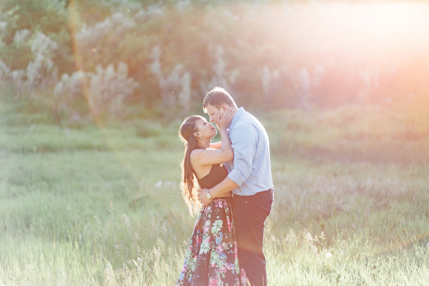 summer engagement session - Calgary Wedding Photographer_4665