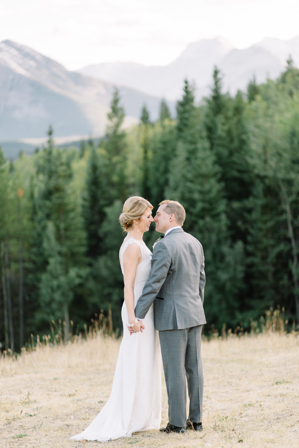 Kananaskis Delta Lodge Wedding - Calgary Wedding Photographers